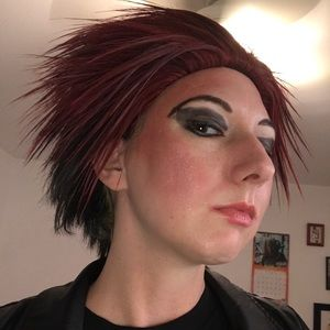 Cosplay red black spiked wig